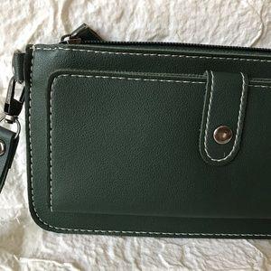 Handbags - Charming Green Ladies Wallet -